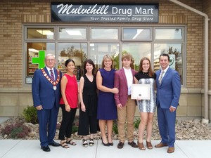 <b>Mulvihill Drug Mart team with Mayor Sweet</b>