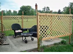 a lattice fence
